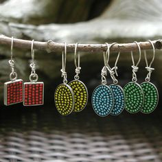 4 little earrings with bead mosaic in 4  colors