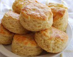 Estos pancitos semi dulces son muy parecidos a los scons, deliciosos para servir con un té, solos o rellenos con fiambres, quesos o simplemente con mermelada