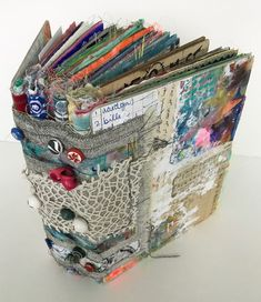A Fabric junk journal. Great way to use up all kinds of paper and fabric scraps. A Fabric junk journal. Great way to use up all kinds of paper and fabric scraps. Art Journal Pages, Junk Journal, Album Journal, Journal Paper, Art Journal Covers, Mini Album Scrapbook, Scrapbook Journal, Scrapbook Quotes, Handmade Journals