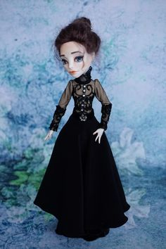 Today I present You one of my personal favorites – miss Vanessa Ives, from Penny Dreadful TV series. Vanessa is a seductive and formidable beauty, a lady of her era, full of secrets and hidde…
