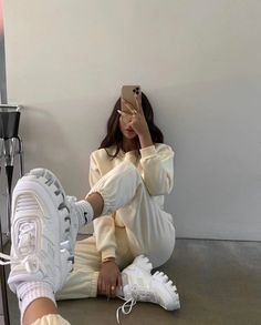 Tumblr Outfits, Mode Outfits, Trendy Outfits, Trendy Fashion, Korean Fashion, Girl Fashion, Girl Outfits, Fashion Outfits, Winter Fashion Tumblr