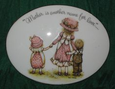 1973 Holly Hobbie Plaque Mother Is Another Name For Love Mothers Day Vtg #AR05