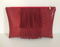 Pochette à franges rouge simili cuir