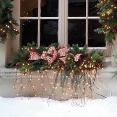 Jolly Ideas for Decorating with Christmas lights / 40 Photos