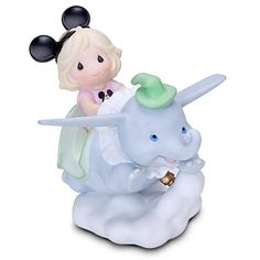 Dumbo was my favorite ride when I was little...so cute!