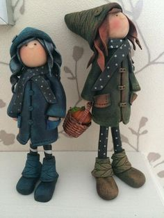 Whimsical polymer clay dolls. Dolls by KAREN WALKER | Polymer Clay Planet