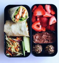 29 Healthy Vegan Bento Box Ideas and Recipes for Lunch Vegan Pesto . 29 Healthy Vegan Bento Box Ideas and Recipes for Lunch Vegan Pesto Chik'un Wrap with Strawberries and Chocolate Cheesecake Dip Healthy Meal Prep, Healthy Drinks, Healthy Snacks, Healthy Eating, Healthy Recipes, Diet Recipes, Healthy Life, Fitness Meal Prep, Healthy Junk
