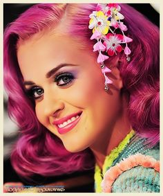 Katy Perry Pink hair with flowers, so beautiful <3