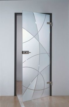 A glass door with bright or private glass is robust and available in any size and budget. The glass leaves the daylight free. Glass Sticker Design, Frosted Glass Design, Frosted Glass Door, Glass Bathroom, Bathroom Doors, Shower Doors, Glass Barn Doors, Sliding Glass Door, Sliding Doors