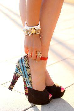 Ayakkabılar mı aksesuarlar mı hoşunuza gitti?