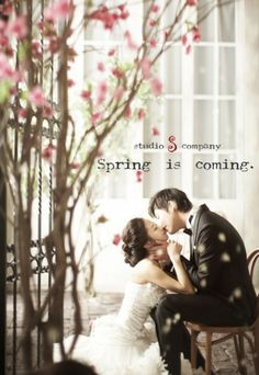 S Studio (korean wedding photo) Pre Wedding Poses, Pre Wedding Photoshoot, Wedding Shoot, Wedding Pictures, Korean Wedding Photography, Bridal Photography, Jolie Photo, Wedding Portraits, Marie