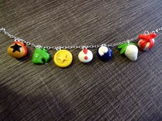 He encontrado este interesante anuncio de Etsy en https://www.etsy.com/es/listing/179822135/pulsera-animal-crossing