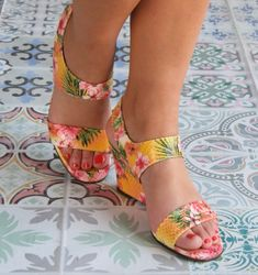 REGALIZ HAWAII :: SANDALS :: CHIE MIHARA SHOP ONLINE