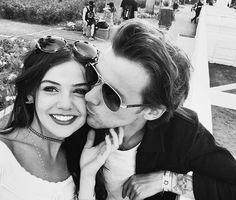 ルイ・トムリンソン、恋人ダニエル・キャンベルとのキス写真を公開