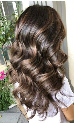 Fresh Chocolate Brown Hair Color Shades for Women in 2020 – Balayage Hair Bronde Hair, Brown Hair Balayage, Hair Color Balayage, Hair Highlights, Peekaboo Highlights, Purple Highlights, Bayalage, Brown Hair Color Shades, Ombre Hair Color
