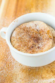 Saludable 1 minuto Manzana y Canela Muffin Receta- Uno panecillo rápido y fácil minutos que es húmedo, suave y esponjosa y menos de 100 calories- Naturalmente endulzado y SO delicioso- Una opción horno también!  {vegana, libre de gluten, opción paleo}