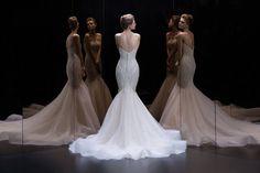 公司簡介:Demetrios Bridal Room 將紐約、巴黎、米蘭的最新婚紗流行風格引進台灣,獨家代理美國頂級婚紗品牌 Demetrios蒂米琪以及禮服品牌 NICOLE +…