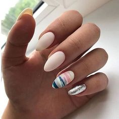 Want some ideas for wedding nail polish designs? This article is a collection of our favorite nail polish designs for your special day. Trendy Nails, Cute Nails, Great Nails, Spring Nails, Summer Nails, Acrylic Nails For Spring, Hair And Nails, My Nails, How To Do Nails