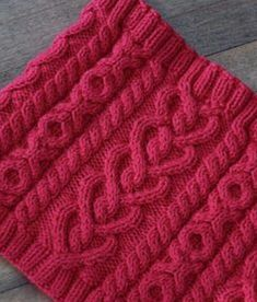 Ravelry: Love and Kisses Cowl pattern by Megan Delorme aran heart cablesLove the stitch pattern! Love and Kisses Cowl Knit Pattern - Cute Valentines Day Gift that knits up quick!Love and Kisses Cowl Knit Pattern - i think this would be adorable on a Cable Knitting Patterns, Knitting Stiches, Knitting Yarn, Knit Patterns, Knit Stitches, Free Knitting, Stitch Patterns, Crochet Scarves, Knit Crochet