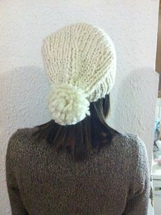Cap Handmade Woman Unique The knitted cap is suitable for children, and women! Materials:78%Acrilic,20% Wool,2% Lurex Size: Universal Thank you, for stopping by and please feel free to contact us with any questions! Best regards! Have a nice Day! Petar Stokic !