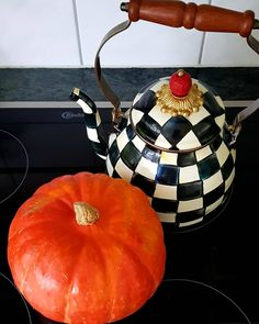 Fall Decor, Pumpkin, Kitchen Appliances, Leaves, Lifestyle, Vegetables, Instagram, Food, Diy Kitchen Appliances
