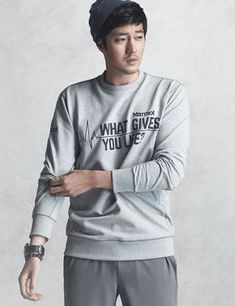 So Ji Sub is up for a rugged adventure this spring and summer, and he'll be working up a sweat in MARMOT's new outerwear collection. Asian Actors, Korean Actors, Laurence Fox, Oh My Venus, Jung Hyun, Beyonce Style, So Ji Sub, Karl Urban, Kdrama Actors