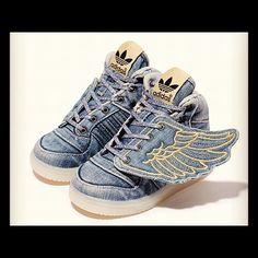 big sale 56e66 41a49 Adidas Jeremy Scott denim wing kicks sneakers for Kids Botas, Hijos,  Zapatos De Bebé