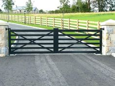 JDR Metal Art makes it easy for you to get a spectacular custom driveway gate made for your beautiful home, farm, ranch or estate. House Front Gate, Front Gates, Entry Gates, House Entrance, Entrance Ideas, Farm Entrance Gates, Front Fence, Gate Design, Tor Design