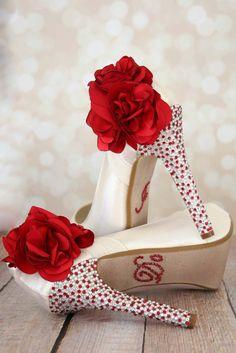 Красный цветок Свадебная обувь / цвета слоновой кости Чистка / изготовленный на заказ Bridal / красный кристалл пятки