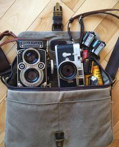 """As requested.. my @onabags Bowery analogue kit. Rolleiflex 3.5F, Leica M3, film.. Typically one camera will be slung on my shoulder so still room for…"""