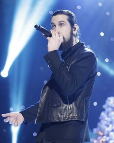 FIRST LOOK  PENTATONIX CHRISTMAS SPECIAL (link in Bio) #avikaplan #ptx #pentatonix #APentatonixChristmas