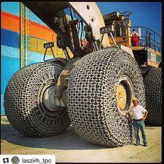 Cat 994 @laszirh_tpc ・・・ #Laszirh #earthmover #digging #heavymachine #hugemachine #zorisler #caterpillar #komatsu #hardwork #engineering #letourneau #cat #cat994 #mining #mine #marble #likeforlike #quarry #heavyequipment #heavyequipmentlife #truck #trucks #diesel #wheelloader #loader #offroad #horsepower