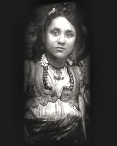 We have always known Mother Teresa as an old wrinkled woman. This is a pic of an 18 year old young Mother Teresa.