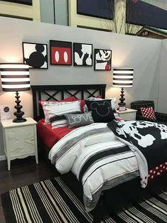 Para quem é fã da #disney, um #quartodecorado com tema da #mickey ou da #minnie pode ser um sonho! Venha ver as possibilidades! #suadecoracao #quarto