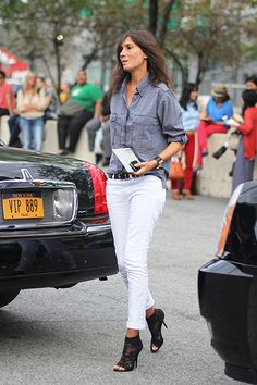 I think everyone needs a style muse. Mine is Emmanuelle Alt. Emmanuelle Alt and I are both We have the same taste in clo. Booties Outfit, Lace Booties, Looks Chic, Casual Looks, French Fashion, Love Fashion, Style Fashion, Fashion Outfits, Casual Chic