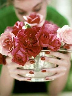 Floral | Vintage Red Roses