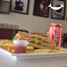 LUNES de ComboRock® Elige sandwich o croissant o bagel + papas + refresco por sólo $55!!!