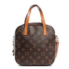 This is an authentic LOUIS VUITTON Monogram Spontini. This stylish and sophisticated cosmetics case is crafted of traditional Louis Vuiton monogram on toile canvas. The case features vachetta cowhide top handles and trim with polished brass hardware. The wrap around zipper opens to an ivory leather interior with pockets and straps for security. This is a marvelous carrying case for traveler other practical purposes from Louis Vuitton!