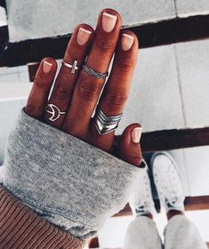 Choose your favorite rings combo Rustic Bridal Jewellery, Bridal Jewelry Vintage, Bridal Jewelry Sets, Cute Jewelry, Pearl Jewelry, Jewelry Shop, Fashion Jewelry, Jewelry Stores, Gold Jewellery