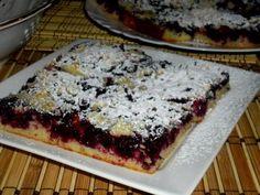 Recept: Buchta na plech s černým rybízem   Tradičnírecepty.cz Banana Bread, Food, Essen, Meals, Yemek, Eten