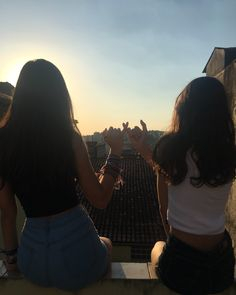 summer goals for teens Bilder Franzi Best Friend Photography, Tumblr Photography, Photography Poses, People Photography, Cute Friend Pictures, Best Friend Pictures, Shooting Photo Amis, Friend Tumblr, Poses Photo