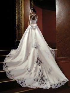 beautiful bow bridal