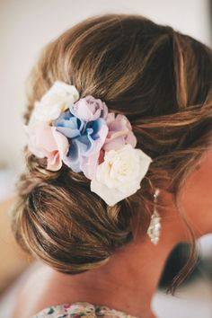Perfect #bridesmaid up style with blooms // Photography Ben Yew