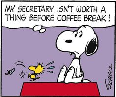 Snoopy as Boss, Woodstock as Secretary (Executive Assistant is Woodstock's preferred title. Snoopy The Dog, Snoopy Family, Snoopy Love, Snoopy And Woodstock, Peanuts Cartoon, Peanuts Snoopy, Peanuts Comics, Old Cartoons, Funny Cartoons