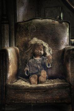 Paris Hotel Boutique Journal: Hauntingly Haunted Images...