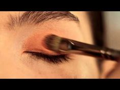 Learn how to amp up your smoky eye with a wash of Tangerine. Sephora + Pantone Presents How-To: Smoky Eyes #sephora #pantone #how-to