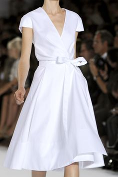 Chloé at Paris Fashion Week Spring 2011 - StyleBistro