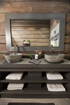 FINN Eiendom - Fritidsbolig til salgs Bathroom Decor Pictures, Blue Bathroom Decor, Kid Bathroom Decor, Bathroom Design Small, Bathroom Interior, Bathroom Accessories, Outhouse Bathroom Decor, Cabin Bathrooms, Cabin Homes