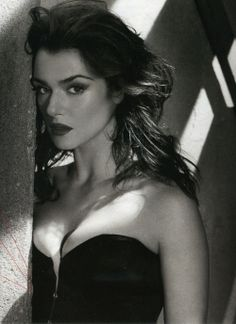 Rachel Weisz, loved her since The Mummy