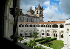 Mosteiro de Alcobaça, Portugal - Claustro de D. Dinis